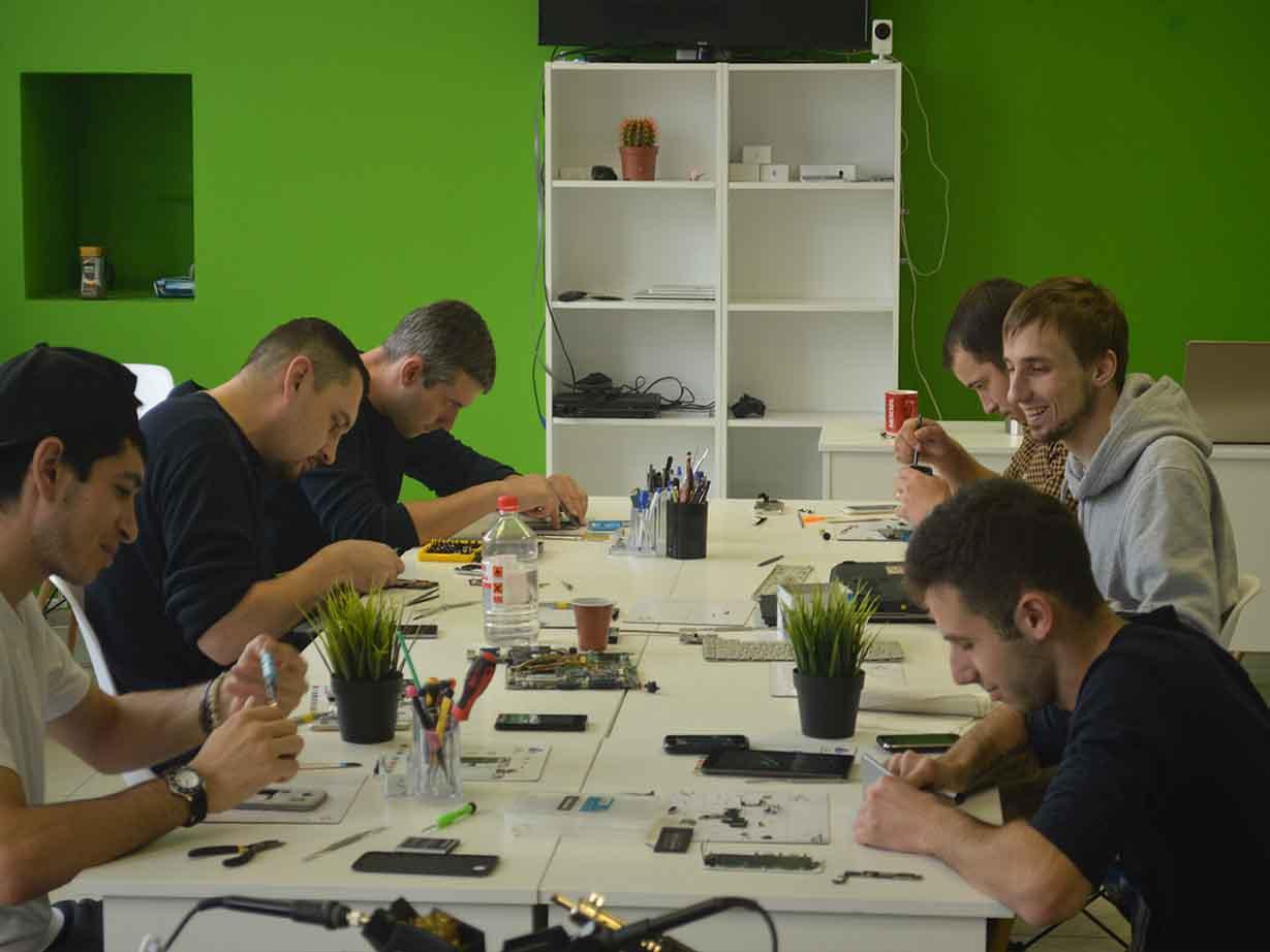 Обучение мастер по ремонту ноутбуков телефонов